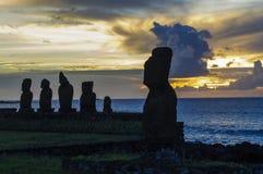 Moai statyer i påskön, Chile Royaltyfri Bild