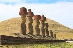 Moai sur la plage d'Anakena Image libre de droits