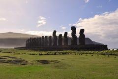 Moai a Tongariki, isola di pasqua Fotografia Stock