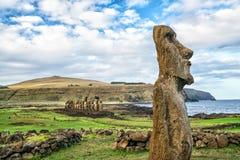 Moais на Ahu Tongariki в острове пасхи Стоковое фото RF
