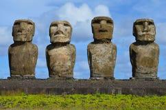 Moais in der zeremoniellen Plattform Ahu an Tongariki-Strand, Osterinsel Rapa Nui Stockfoto