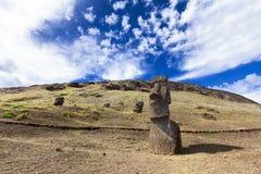 Moais i kullen i påskön Fotografering för Bildbyråer