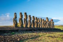 Moais przy Ahu Tongariki w Wielkanocnej wyspie Zdjęcie Stock