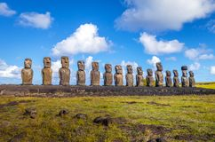 Moais statuy, ahu Tongariki, Easter wyspa Fotografia Royalty Free