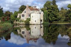 Moated castle in England Royalty Free Stock Photos