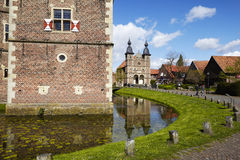 Moated Schloss Raesfeld und Kapelle St. Sebastian Stockbild