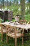 Mobília de madeira no parque Fotografia de Stock Royalty Free
