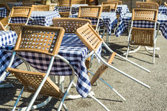 Mobília de um café fora Imagens de Stock