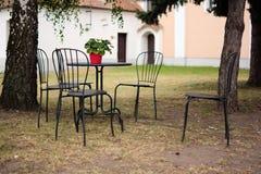 Mobília exterior do pátio do jardim Imagens de Stock