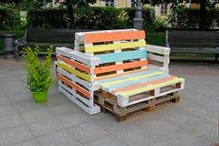 Mobília feita da pálete para sentar-se Imagem de Stock