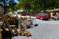 Mobília para a venda no bosque de Shupps Fotografia de Stock Royalty Free