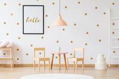 Mobília pequena do tamanho para crianças foto de stock royalty free