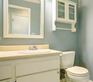 Mobília velha do banheiro da forma. Imagem de Stock Royalty Free