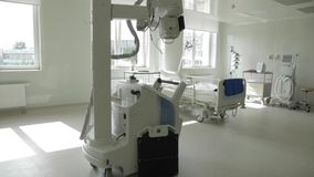 Mobiele Röntgenstraalinstallatie stock footage