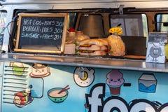 Mobiele voedselbestelwagens bij GWK stock foto