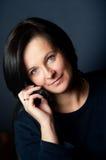 mobil samtalkvinna fotografering för bildbyråer