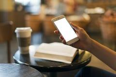 Mobil telefona na mão imagens de stock royalty free