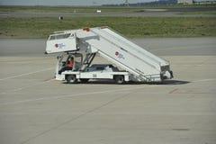 Mobil trappa på flygplatsen Fotografering för Bildbyråer