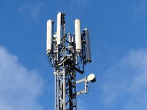Mobile phone mast by M25 Motorway, Rickmansworth stock image