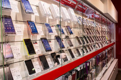 Mobile phones on display in a shop Stock Photography