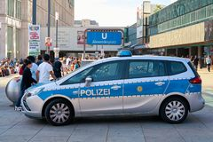 Mobile police station. To increase police presence and as a point of contact for crime victims at the Alexanderplatz in Berlin Stock Photos