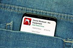 mobiler App auf Samsung s8 stockfotografie