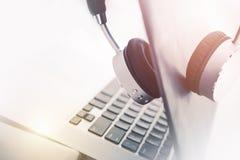 Mobiler Computer-Arbeit Stockfotografie