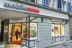 Mobilezone通信零售店在卢赛恩,瑞士 库存照片