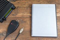 Mobilfunktransceiver und -notizbuch Lizenzfreies Stockbild