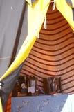 Mobiliário do renascimento na barraca. fotos de stock
