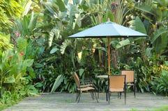 Mobilia del giardino Immagine Stock Libera da Diritti