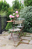 Mobilia del patio del giardino fotografia stock