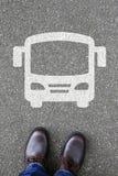 Mobilidade da cidade do tráfego rodoviário da rua do treinador do ônibus dos povos do homem fotos de stock royalty free