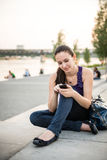 Mobilità - donna in città Fotografia Stock