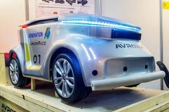 Mobilna zdalnie sterowany platforma na Związanym samochodzie 2016 Obrazy Royalty Free