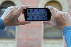 mobilt ta för telefonfoto Royaltyfria Foton