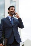 mobilt telefonsamtal för affärsman royaltyfri bild