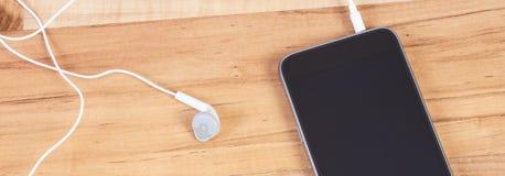 mobiltelefon för hörlurar 3d Arkivfoton