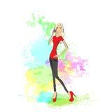 Mobiltelefonappell för ung kvinna över abstrakt målarfärg Royaltyfria Foton