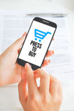 Mobiltelefonbetalningar eller e-kommers Arkivfoto