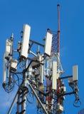 Mobiltelefontorn och system 3G, 4G och 5G Arkivfoto