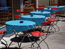 Mobília retro dos restaurantes ao ar livre Imagens de Stock Royalty Free