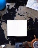 Mocap sur la carte politique noire du monde images libres de droits