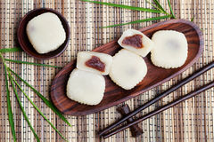 Mochi kaka med röda bönor Top beskådar Arkivbild