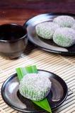 Mochi ou bolas de arroz pegajoso Imagem de Stock Royalty Free