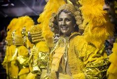 Mocidade Alegre - Carnaval dansare São Paulo, Brasilien 2015 Royaltyfri Fotografi