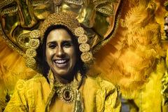 Mocidade Alegre - Carnaval dansare São Paulo, Brasilien 2015 Arkivbilder