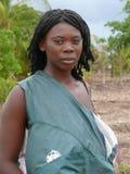 MOCUBA, MOZAMBIQUE - 7 DECEMBER 2008:  Onbekende jonge mooie A Royalty-vrije Stock Foto