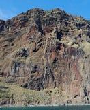 Moczę wietrzał falezę blisko Cabo Girao na madery wyspie Obrazy Stock