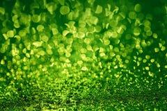Moczy zieloną kruszcową powierzchnię Fotografia Royalty Free